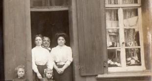Olive, Mathilde, ses tantes et grand-mère